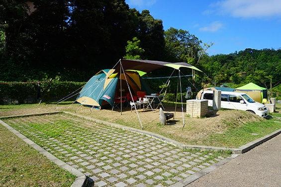 キャンプ場<br> (休暇村竹野海岸キャンプ場)