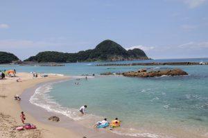 竹野海水浴場は8月27日(日)まで営業しています
